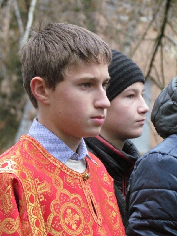 http://semiluki.blagochin.ru/files/2013/11/IMG_7581.jpg