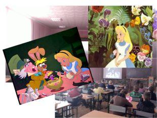 """Перегляд мультфільму """"Аліса в країні див"""" англійською в рамках Тижня іноземно"""