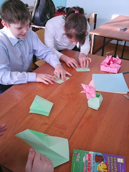 C:\Users\Александра\Desktop\фото оригами 5б класс\Photo0086.jpg