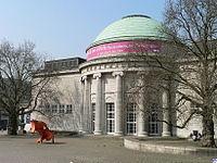 http://upload.wikimedia.org/wikipedia/commons/thumb/6/63/Hamburg.Kunsthalle.Kuppel.wmt.jpg/200px-Hamburg.Kunsthalle.Kuppel.wmt.jpg