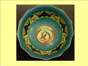Элементы орнамента Важными элементами стали изображения, несущие в себе магич