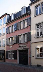 Дом, в котором родился Бетховен, Bonngasse 20, сейчас это музей Beethoven-Haus