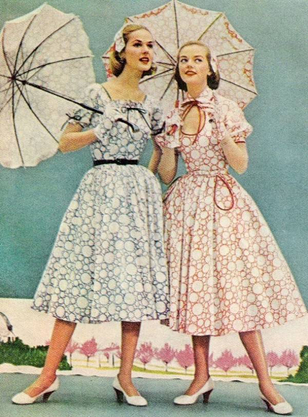 1950s Housewife Dress