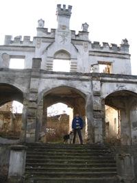 Замок Монжене