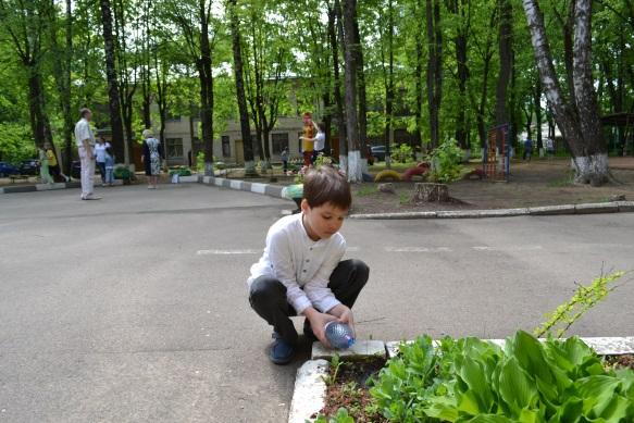 F:\1 класс 21 век\цветы проект\сажаем цветы\DSC_0236.JPG
