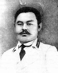http://upload.wikimedia.org/wikipedia/commons/thumb/0/01/Tynyshpayev_M.jpg/200px-Tynyshpayev_M.jpg
