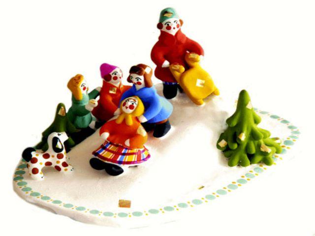 Из истории ДЫМКОВО Чтобы принять участие в празднике, нужна была глиняная сви...