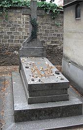 http://upload.wikimedia.org/wikipedia/commons/thumb/3/32/Poincar%C3%A9_gravestone.jpg/170px-Poincar%C3%A9_gravestone.jpg