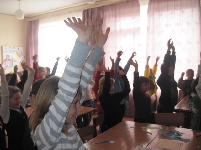 D:\ФОТО\ОШ №3\ПРАВА ДИТИНИ\Права дитини Квітень 2012\Маленьким дітям великі права Квітень 2012\IMG_6948.JPG
