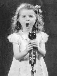 H:\Гузя\профессий\little_girl_songer.jpg