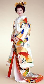 13044780_kimonolarge2