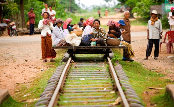 Бамбуковый поезд, Камбоджи