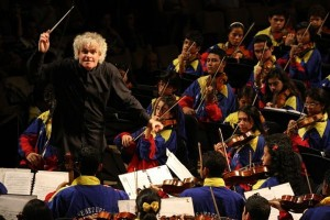 http://vivavenezuela.ru/wp-content/uploads/2011/02/tocar-300x200.jpg