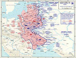 https://upload.wikimedia.org/wikipedia/commons/thumb/1/15/Invasion1941.jpg/300px-Invasion1941.jpg
