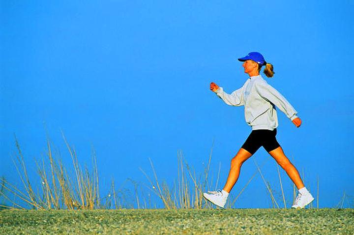Пешие прогулки - польза и похудение: так сколько ходить, чтобы похудеть?