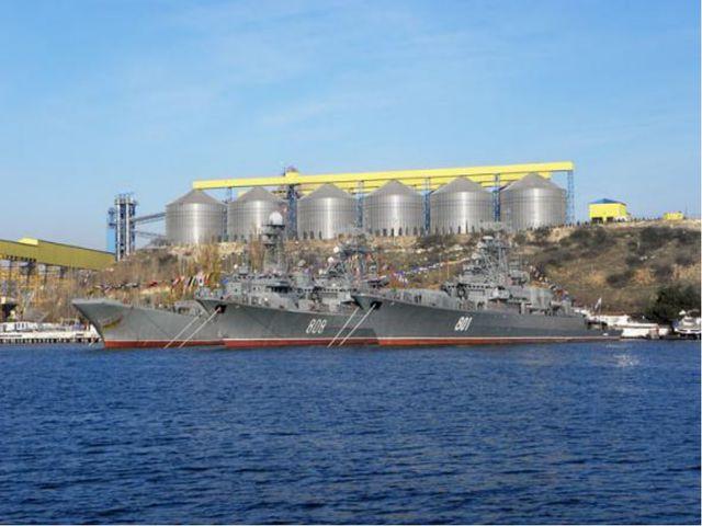 Россия получает практически полный контроль над Азовским морем, входом и выхо...