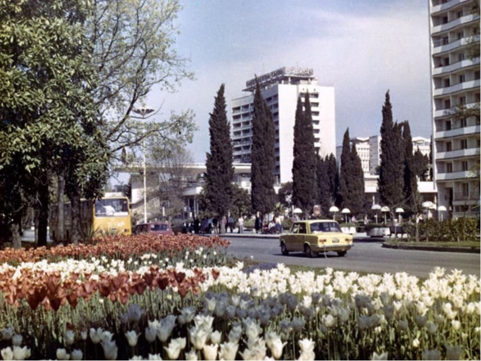 С 1 июня 1971 года С.И. Венчагов перешел работать в СРСУ «Зеленстрой» в качес...