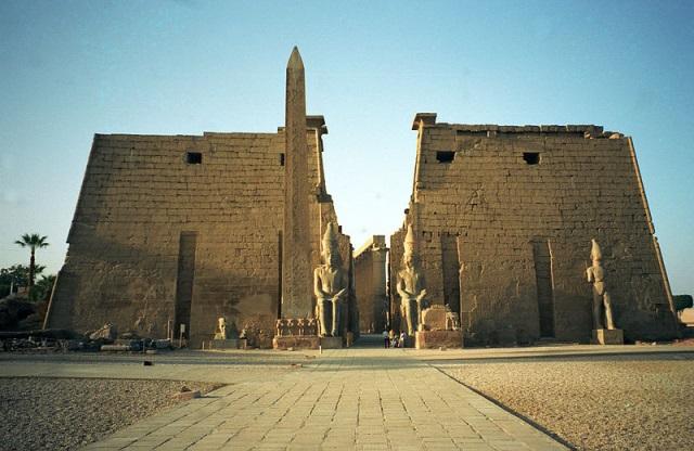 D:\Мои документы\ПРОГРАММЫ\ИУИ\архитектура\египет 1.jpg