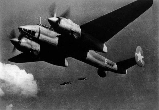 Авиация Красной Армии Великой Отечественной войны (часть 3) – пикирующие бомбардировщики Пе-2 и Ту-2