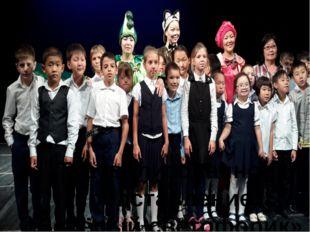 Театрализованное представление «Весёлый светофорик»