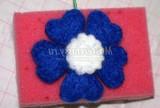 валяння з вовни. Синій квіточка