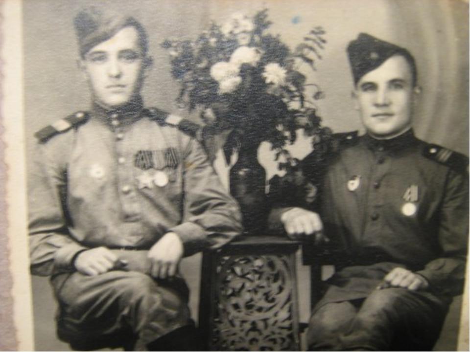 Мой прадедушка с другом по окончанию войны