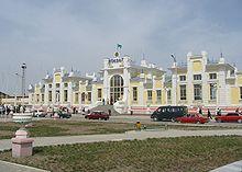 http://upload.wikimedia.org/wikipedia/commons/thumb/2/23/Qyzylorda_station.jpg/220px-Qyzylorda_station.jpg