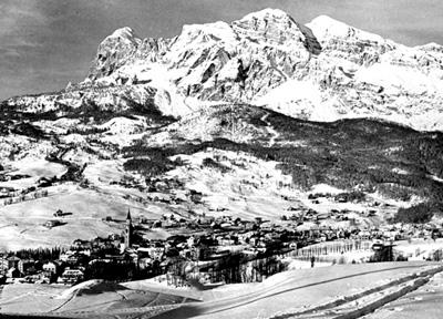 1956 год. Общий вид на Кортина-д'Ампеццо (Франция)