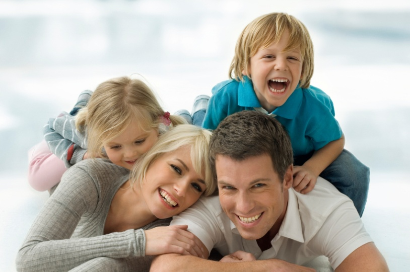 C:\Users\СВЕТЛАНА\Desktop\happy-family.jpg