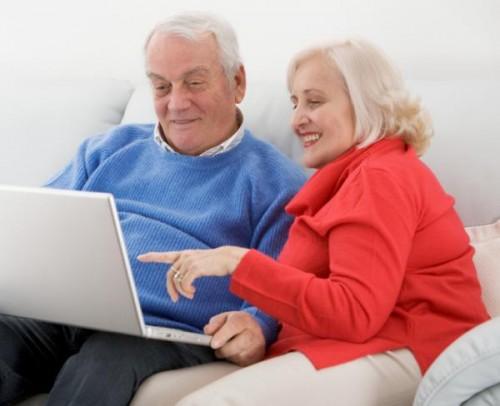 pensioner_kompyuter