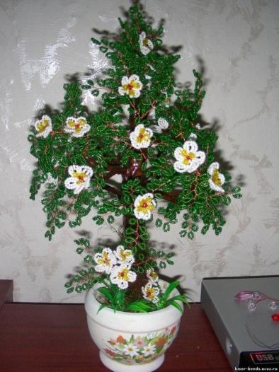 Дерево из бисера Цветущая яблонька