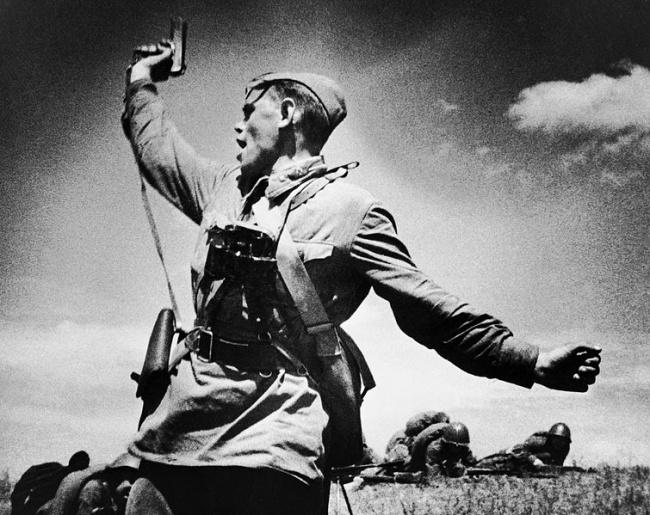 15 знаменитых снимков Великой Отечественной Войны. Обсуждение на LiveInternet - Российский Сервис Онлайн-Дневников