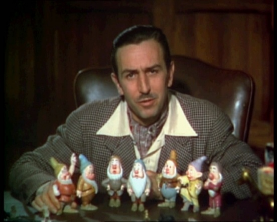 http://vev.ru/uploads/images/00/01/65/2011/09/03/Walt_Disney_Snow_white_1937_trailer_screenshot_%2812%29.jpg