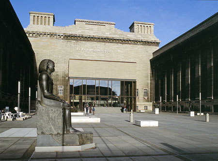 http://www.routard.com/images_contenu/mag/dossier_mag/musees/pergamonmuseum.jpg
