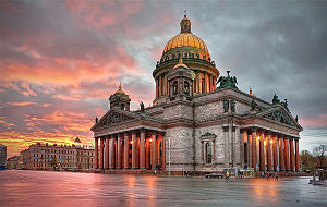 https://upload.wikimedia.org/wikipedia/commons/thumb/b/b7/View_to_Saint_Isaac's_Cathedral_by_Ivan_Smelov.jpg/300px-View_to_Saint_Isaac's_Cathedral_by_Ivan_Smelov.jpg