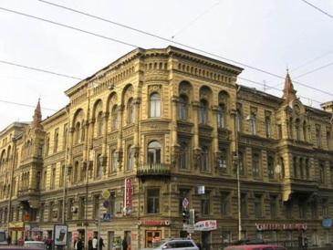 http://www.opeterburge.ru/pictures/dom_murusi2.jpg