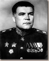 http://bigwar.msk.ru/pages/biografy/img/malinovsky.jpg