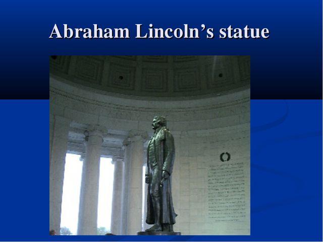 Abraham Lincoln's statue