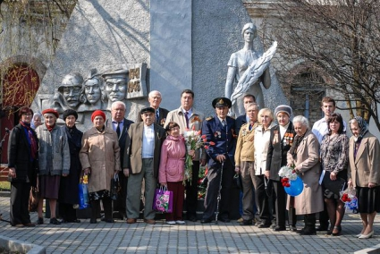 http://memory-map.prosv.ru/memorials/00/10/59/4/l/23835.jpeg