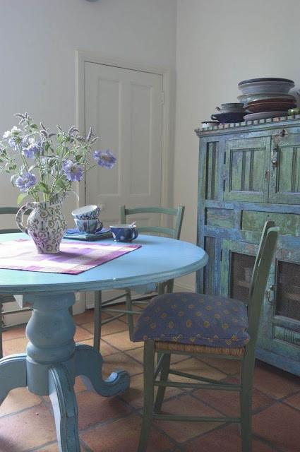 provence_furniture_5.jpg