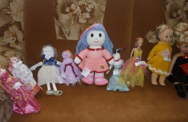 D:\фото школа 2014-2015\3. ноябрь 2014\25.11.14 все куклы в гости к нам\P1090077.JPG