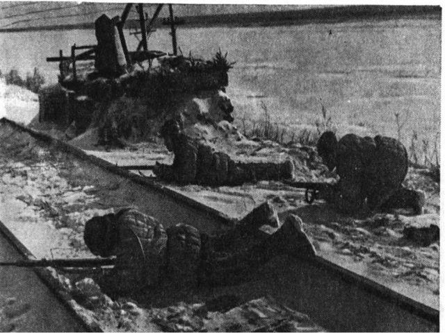 В июне 1943 ЦК КП(б) Белоруссии выдвинул план одновременного массового разруш...