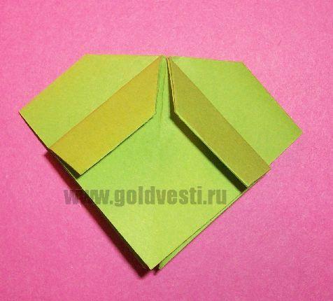 http://goldvesti.ru/wp-content/uploads/2012/12/origami-bantik-iz-bumagi-12.jpg