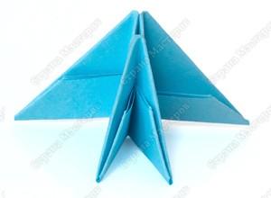 http://stranamasterov.ru/files/imagecache/orig_with_logo2/images/techno/paper/module/PICT8998.jpg