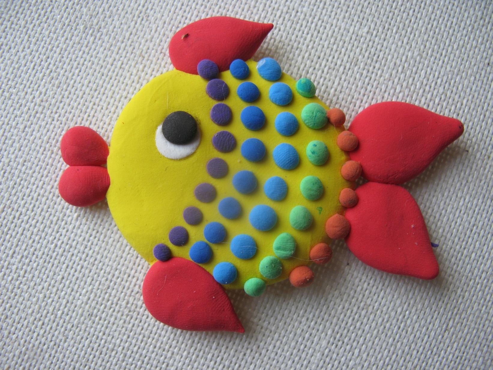 Рыбка из пластилина пошагово фото