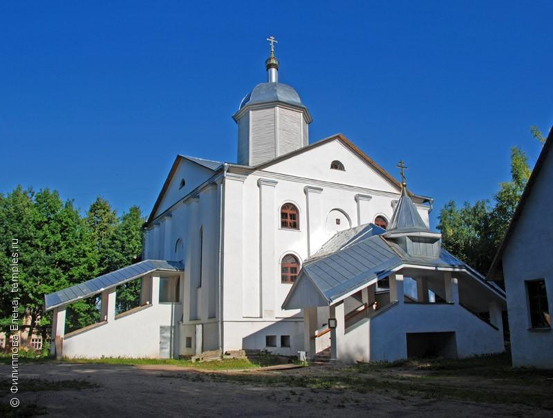 Смоленская область. Сычевка. Церковь Благовещения Пресвятой Богородицы. Фотография.