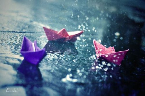 http://a1gaurav.files.wordpress.com/2011/06/photos-in-the-rain-paper-boats1.jpg