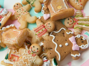 Christmas IS288-041-cute Gingerbread men.jpg