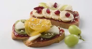 1382792150_Recept-Buterbrody-s-frukt.jpg